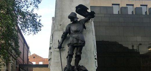 Leeds War Memorial via Wikipedia
