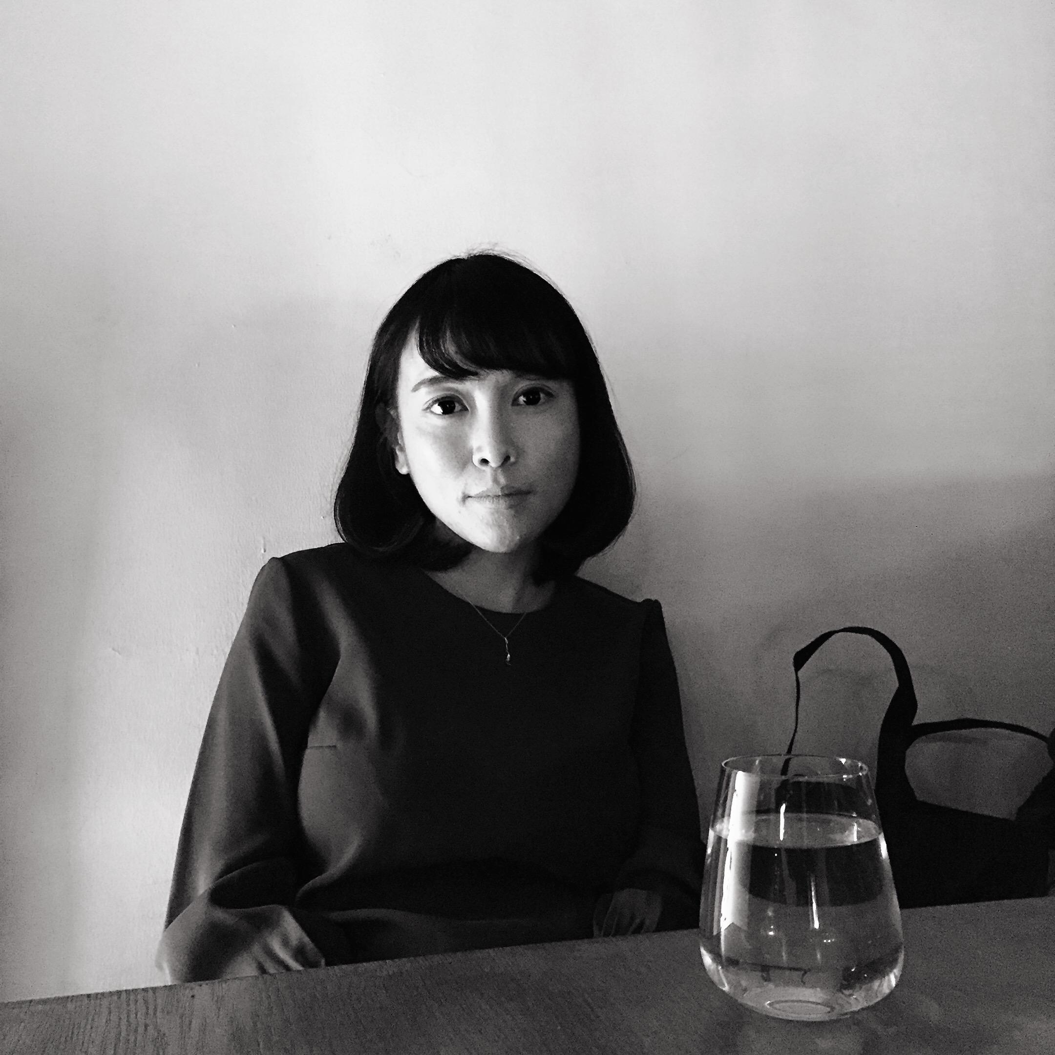 Image of writer Yan Ge